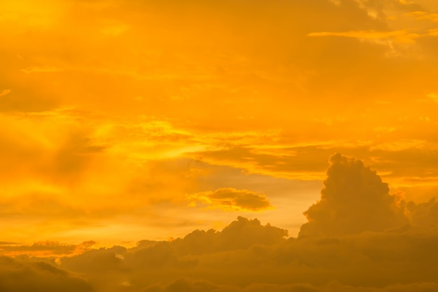 Achtergrond van onweerswolken vóór een onweersbui