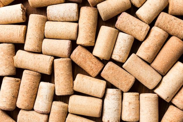 Achtergrond vol met wijn kurken