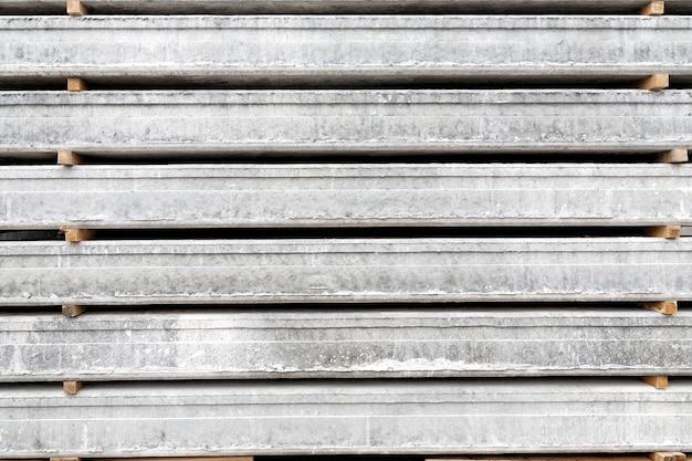 Achtergrondstructuur van stapel geprefabriceerde betonplaten voor constructie