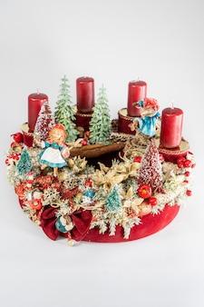 Adventskrans met kaarsen, tafel handgemaakte arrangement mini decoratie voor nieuwjaar, kunstmatige kerstboom interieurdecoratie