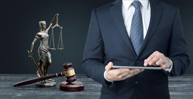 Advocaat tafel advocaat autoriteit achtergrond balans zwart