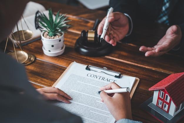 Advocaten geven advies over oordeel