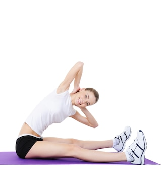 Aërobe oefeningen voor het lichaam van jonge vrouwen