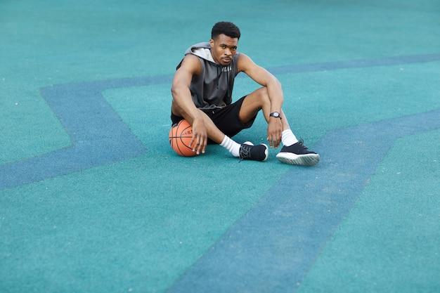 Afrikaanse basketbalspeler rusten