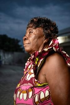 Afrikaanse senior vrouw portret