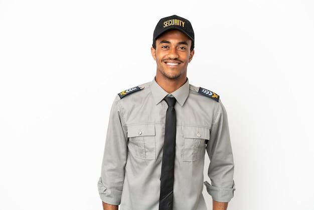 Afro-amerikaanse beveiliging over geïsoleerde witte achtergrond lachen