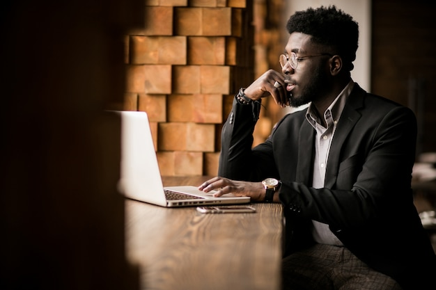 Afro-amerikaanse zakenman