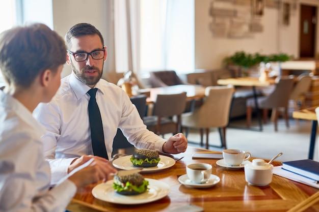 Afspraak in restaurant