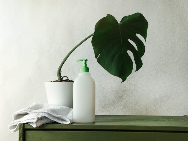 Afwasmiddel schoon huis concept op achtergrond close-up