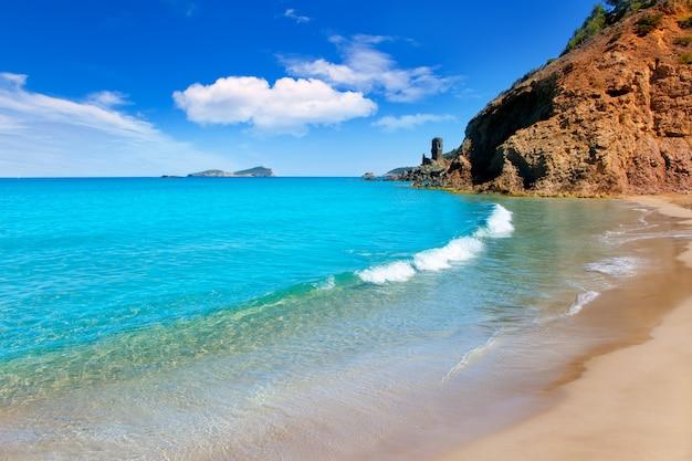 Aiguas blanques het strand van agua blanca ibiza