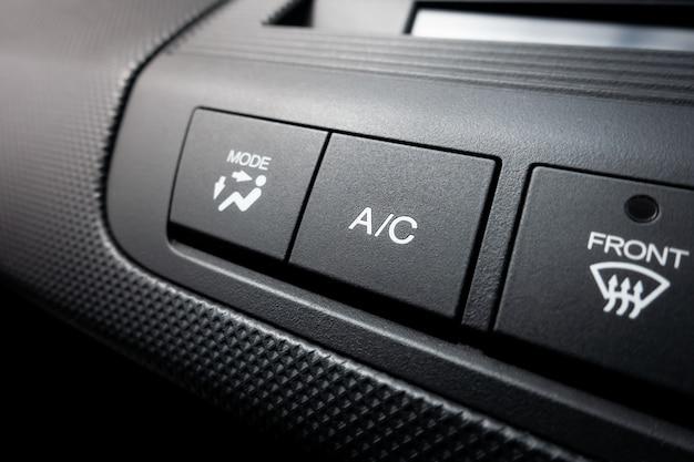Airco aan uit stroomschakelaar van een auto-airconditioningsysteem