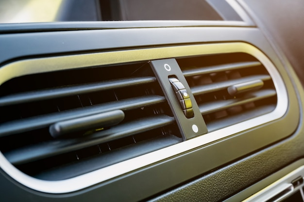 Airconditioner in moderne auto