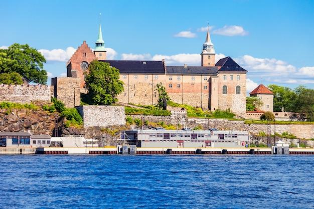 Akershus-vesting in oslo, noorwegen Premium Foto