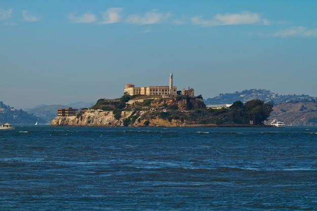 Alcatraz eiland in de baai van san francisco