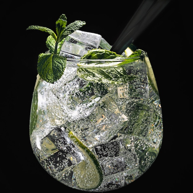 Alcohol, groen, blad, munt, mojito, niemand, roerstaafje, mixology, mojito, rum, suiker, lekker, tequila, wodka, whisky