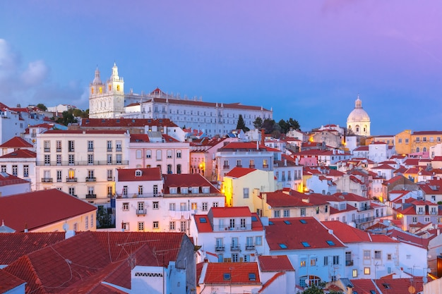 Alfama's nachts, lissabon, portugal