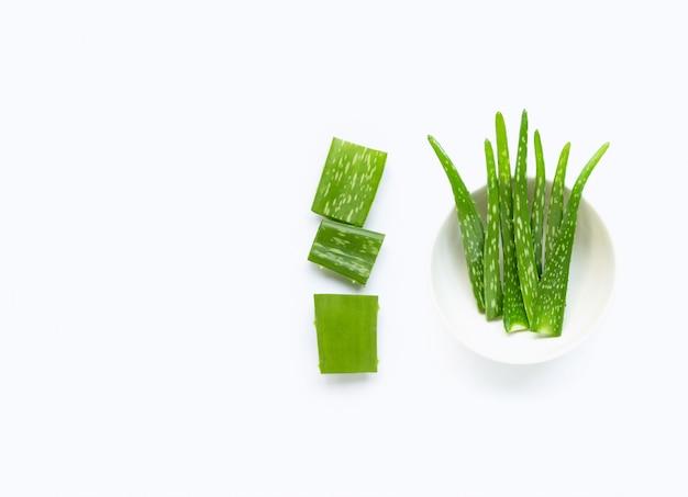 Aloë vera is een populaire medicinale plant voor gezondheid en schoonheid