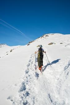 Alpine ski touring naar de top
