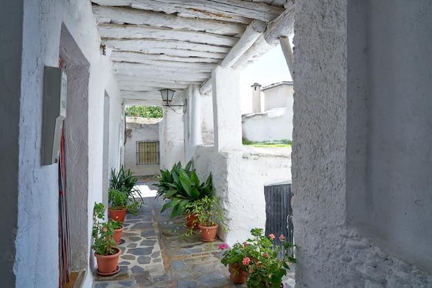 Alpujarras in het dorp van pampaneira van granada