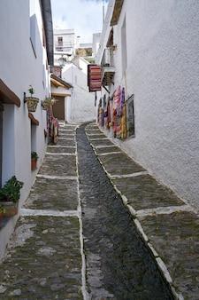 Alpujarras straat tapijten pampaneira granada Premium Foto