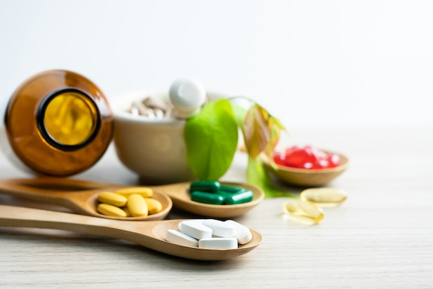 Alternatieve kruidengeneeskunde, vitamine en natuurlijke supplementen