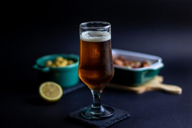 Ambachtelijk bier met zijkanten