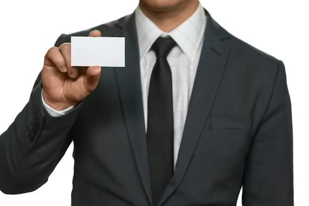 Ambtenaar met een visitekaartje. hier om te helpen. als je vragen hebt. we waarderen onze klanten.