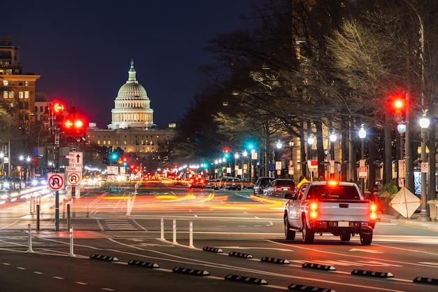 Amerikaanse capitol gebouw zonsondergang