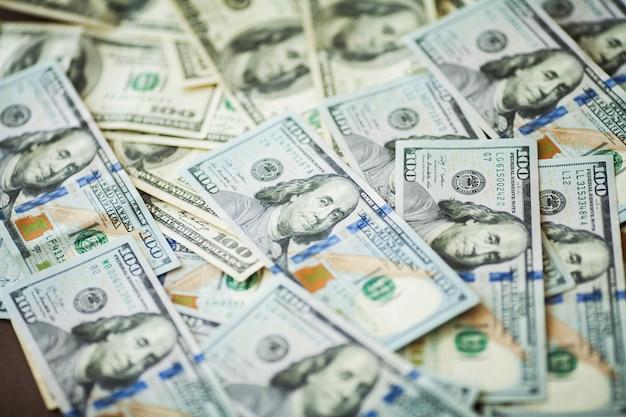 Amerikaanse geld achtergrondtextuurrekeningen amerikaanse dollars