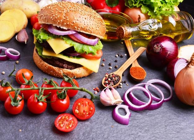 Amerikaanse hamburger alleen van de beste producten