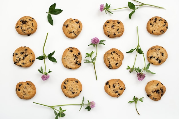 Amerikaanse koekjes en bloemen