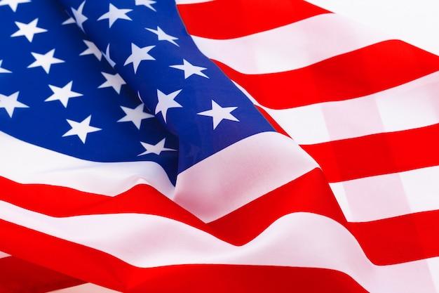 Amerikaanse vlag zwaaien