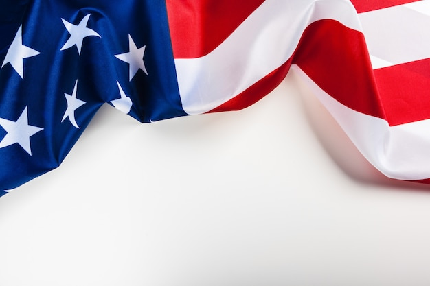 Amerikaanse vlaggrens die op witte achtergrond wordt geïsoleerd