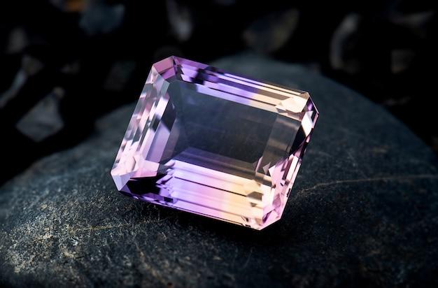 Ametrin edelsteen sieraden met zwarte steen.
