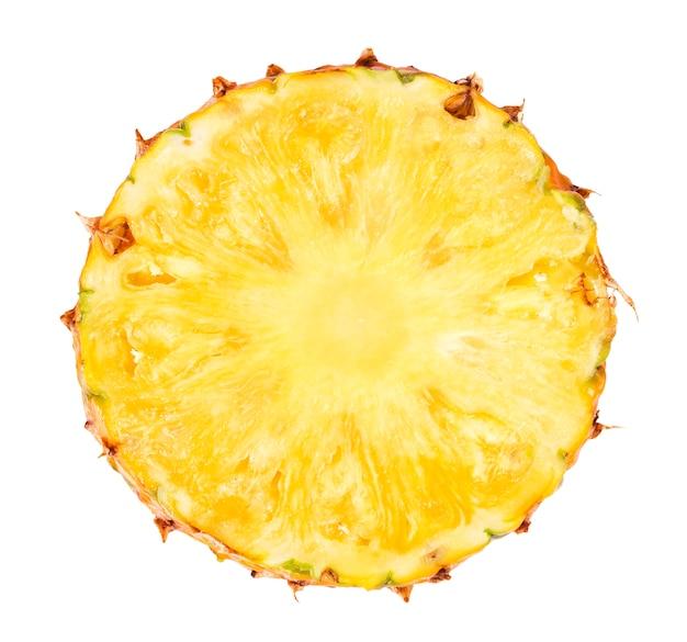 Ananasplak op witte achtergrond wordt geïsoleerd die