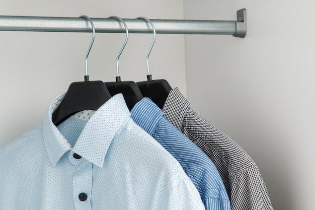 Ander shirt in de kast