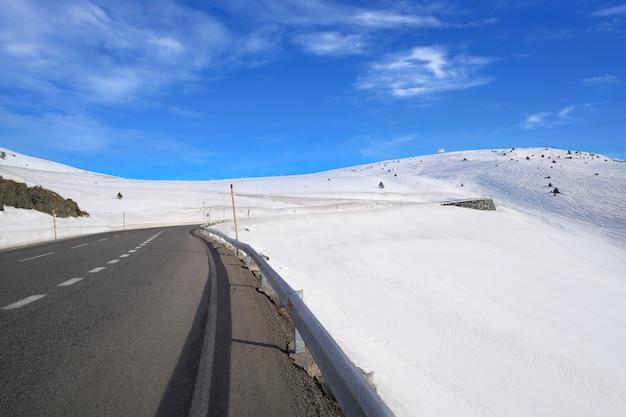 Andorra grandvalira weg naar pas de la casa
