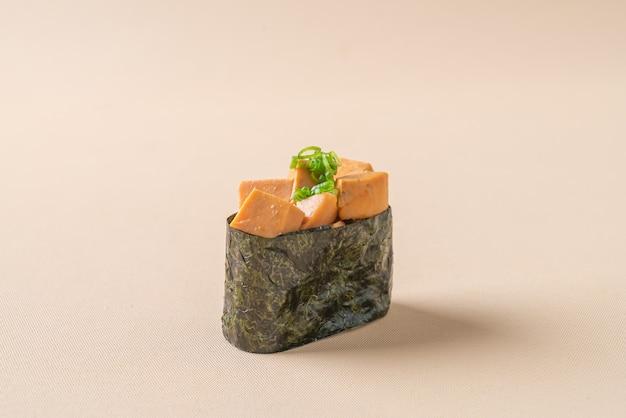 Ankimo-sushi, zeeduivellever op sushirijst - japanse voedselstijl
