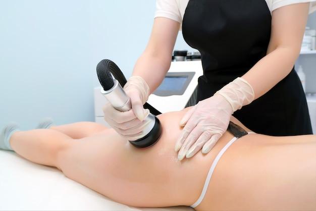 Anticellulitis massage voor billen en dijen