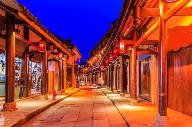 Antiek brede steeg chinese zonneschijn
