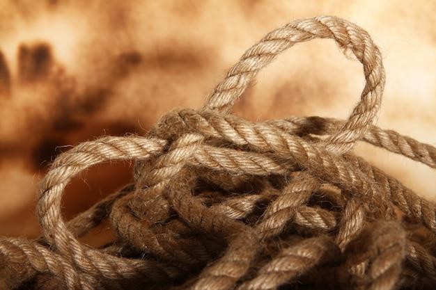 Antiek bruin touw