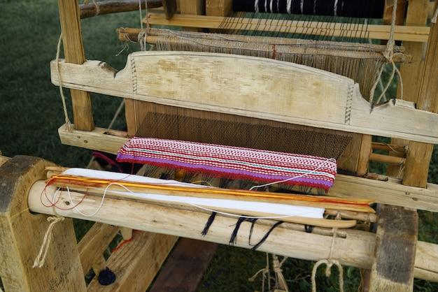Antiek houten weefgetouw