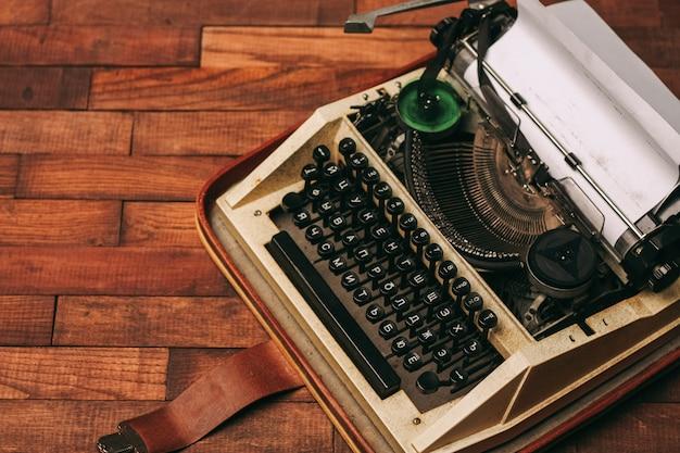 Antiek, oud vintage ding
