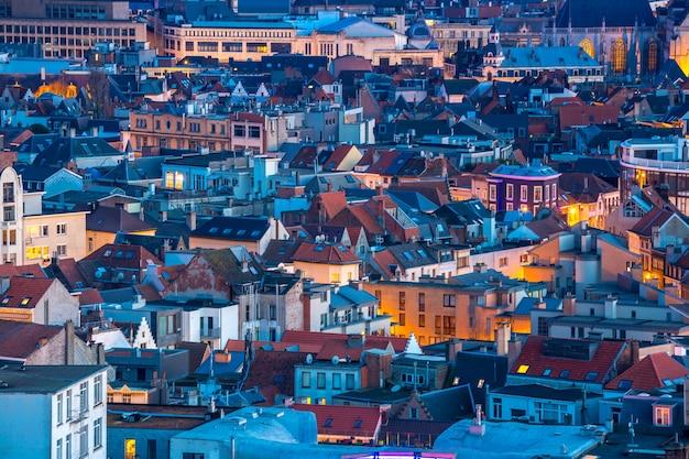 Antwerpen belgië in de schemering