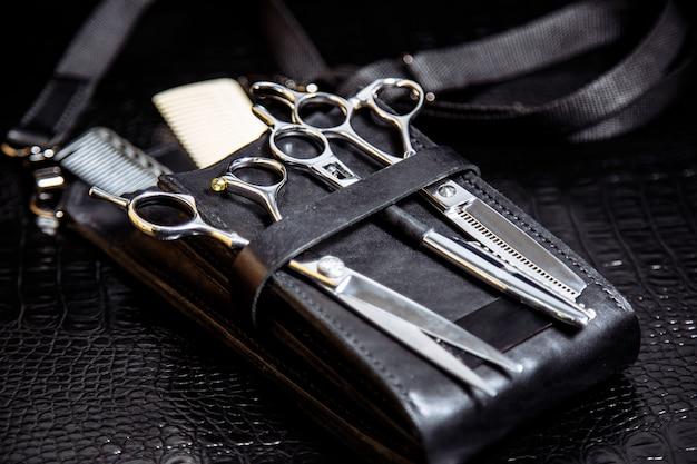 Apparatuur van professionele kapper, close-up