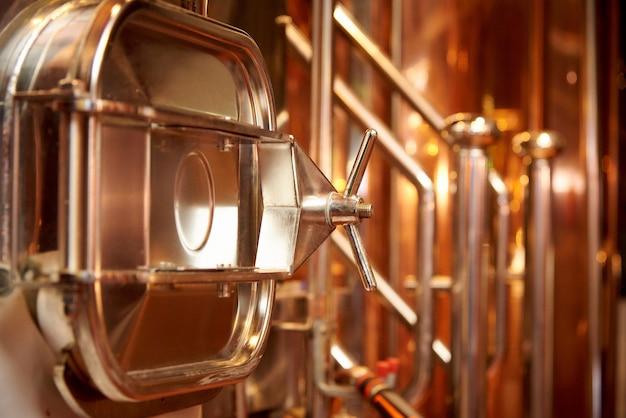 Apparatuur voor de bereiding van bier