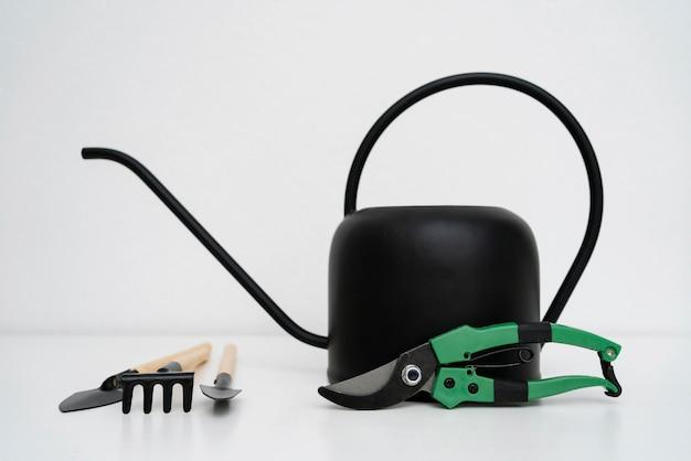Apparatuur voor het kweken van planten