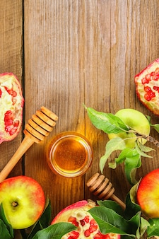 Appels, honing, granaatappel