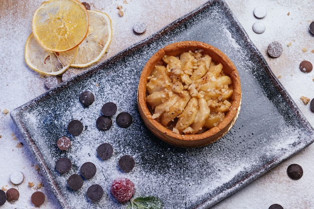 Appeltaartje dessert zelfgemaakte zandkoek mini taartcake