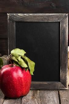 Apple en schoolbord